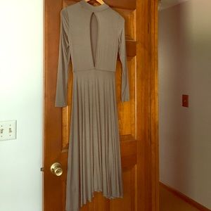 Long sleeve semi fitted knit dress w/open back