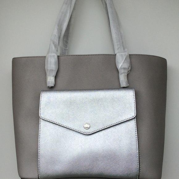 d8b3146201d299 Michael Kors Bags | Jet Set Lg Pocket Mf Tote | Poshmark