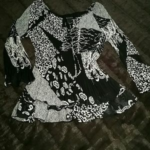 New Directions Tops - NWOT NEW DIRECTIONS BLOUSE