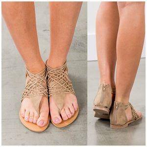 Fabfindz Shoes - Stone Strappy Sandals