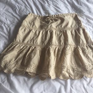 American Eagle Outfitters Dresses & Skirts - SO CUTE vintage american eagle embroidered skirt