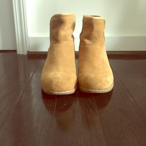 Ugg Darling Boot - ankle boots in camel suede