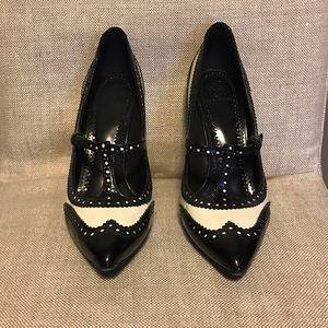 Tory Burch Shoes - Tory Burch Everly Pump