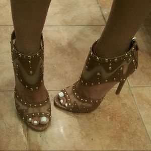 Boutique 9 Shoes - Brown heels with gold studs