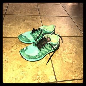 Women Nike free 5.0 running shoes