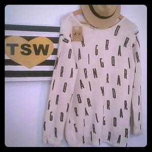 "H&M Sweaters - H & M GRAPHIC SWEATER BLACK ""ROARING"" medium"