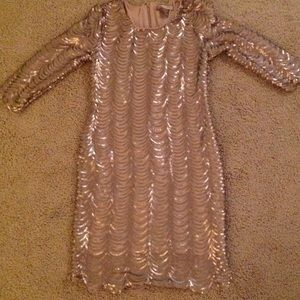 Dresses & Skirts - Gold Scallop Sequin 1920s Dress with Sleeves