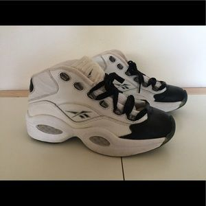 Vintage Reebok Question Youth Basketball Shoes 5Y