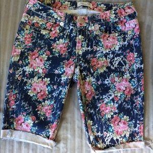 Seven7 Pants - Seven7 Floral Shorts