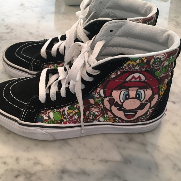 cf5cd4e31e6414 Kids limited edition Super Mario High Top Vans. M 590644cff09282f8e7022199