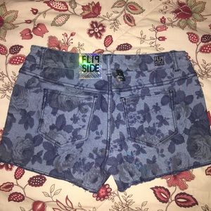 NWT Flipside Reversible Shorts