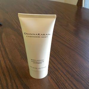 Other - 💥 FLASH SALE! Donna Karan Body Lotion