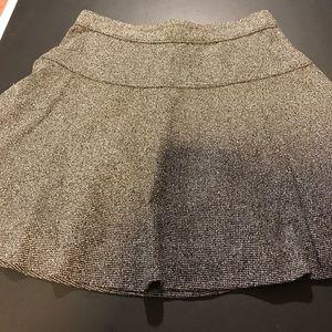 Banana Republic Dresses & Skirts - Beautiful Banana Republic skirt size 2P