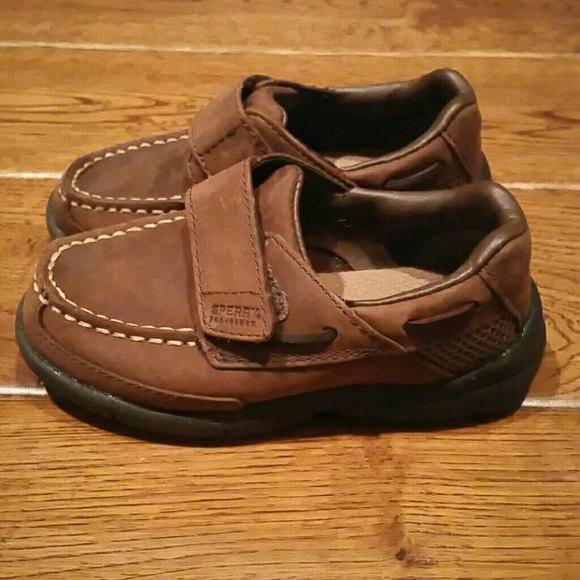 how to clean leather sperrys