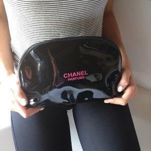 CHANEL Handbags - Jumbo Chanel Parfumes Makeup Bag