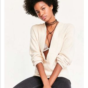 Urban Outfitters Sweaters - UO CREAM LIGHTWEIGHT OVERSIZED SWEATER