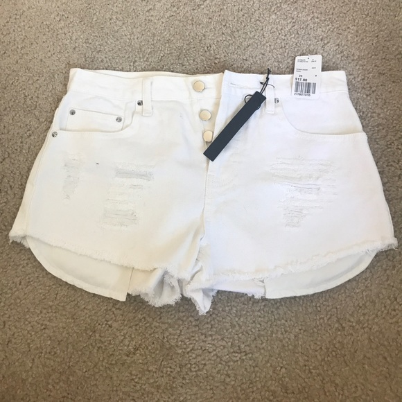 Forever 21 Pants - White high waisted shorts 28