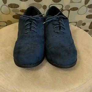 Primark Shoes - Primark faux suede navy Oxfords 8W