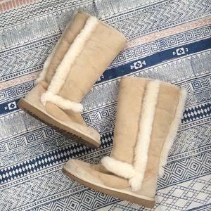 Ugg Sundance Sand Boots