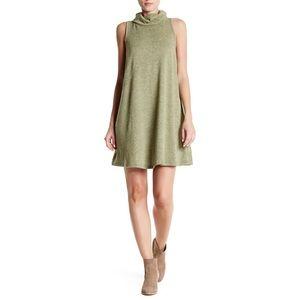 bobeau Dresses & Skirts - Bobeau Sleevless Cowl Neck Dress
