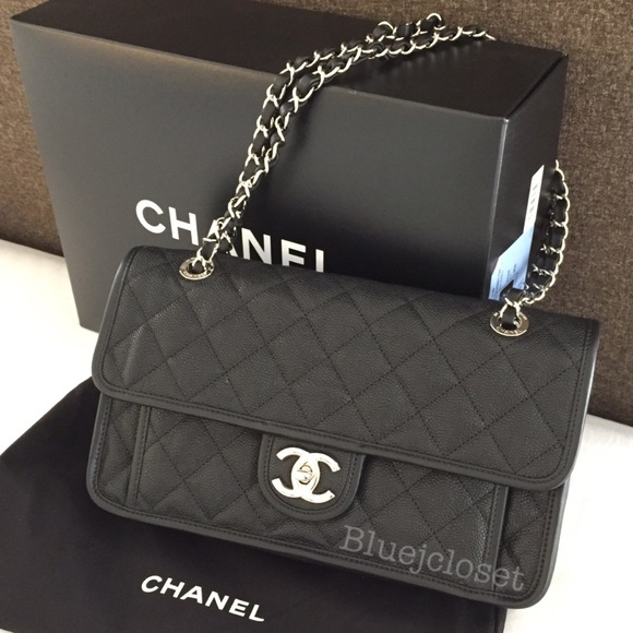 e8b91789eadc CHANEL Handbags - Chanel French Riviera Flap Bag