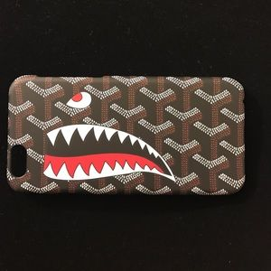 Other - 🆕Apple iPhone 6s Goyard shark Bape Case
