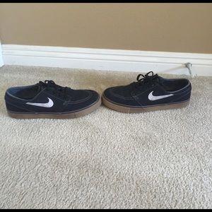 Nike Other - Lightly Used Stefan Janoski Shoes Size 10.5