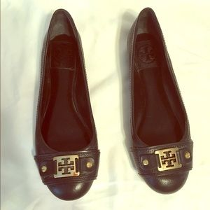 Tory Burch Shoes - Tory burch logo black leather ballet shoes