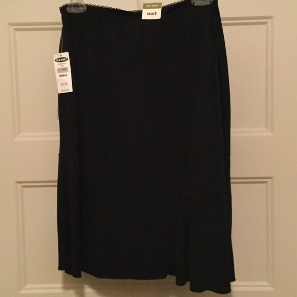 Old Navy Dresses & Skirts - NWT Old Navy Skirt Size Small.