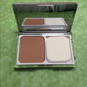 Clinique Other - Clinique Acne Solutions Face Powder #11 Honey