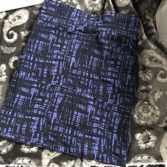 Forever 21 Dresses & Skirts - Stretchy purple & black pencil skirt