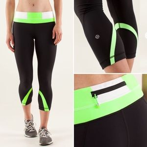 lululemon athletica Pants - RARE NWOT Lululemon Run Inspire Crop II