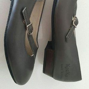 Vintage slip on Kickers