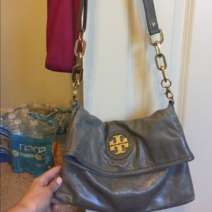 Tory Burch Handbags - Tory butch ctossbody purse