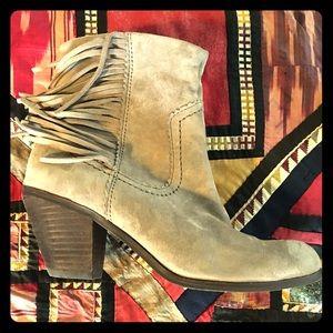 Sam Edelman Shoes - SAM EDELMAN Louis suede fringe heeled booties