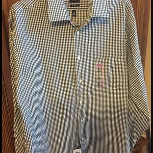 NWT. Arrow fitted button down. 16 1/2 34/35.