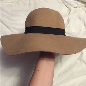 Cotton On Accessories - Light brown hat