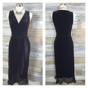 Vintage Dresses & Skirts - Beautiful Vintage Velvet Midi Dress