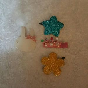 Accessories - 4 hair clips for kids
