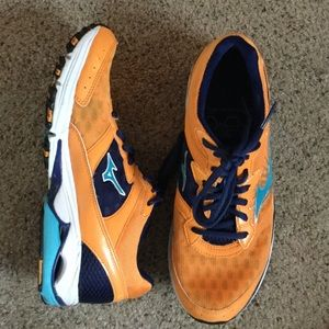 Mizuno Shoes - Mizuno Wave Rider 16 Running Shoes