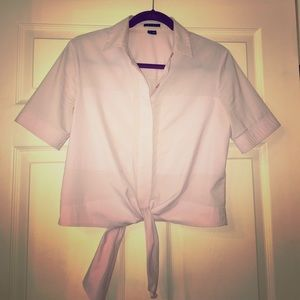 Theory light pink tie-waist button down blouse 👚