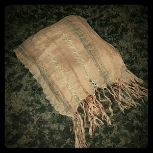 Accessories - Beautiful and elegant scarf