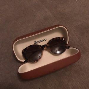 Illesteva Accessories - NWOT illesteva cat eye never worn sunglasses