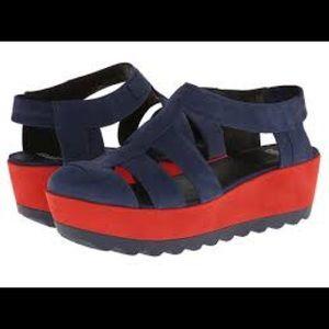 Camper Shoes - Almost new comfortable Camper Laika Sandals, Navy