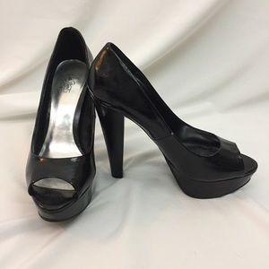 City Streets Shoes - City Streets peep toe pumps size 7.5