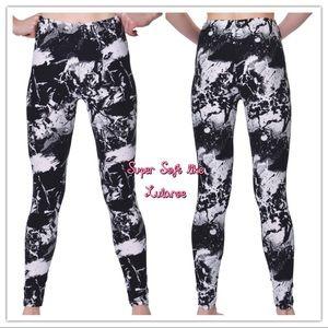 Pants - NWT🖤Super Soft like Luraloe Leggings🖤