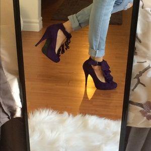 Cathy Jean purple ruffle high heels 6.5