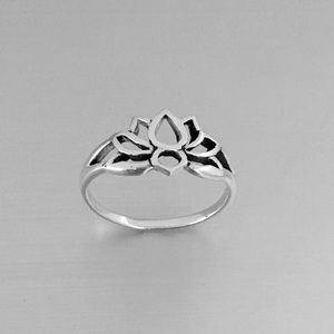 Jewelry - Sterling Silver Small Lotus Silhouette Ring