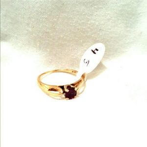 Jewelry - 14k Yellow gold ring size 4.5