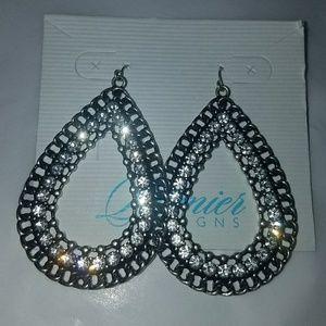 Premier Designs Jewelry - GORGEOUS PREMIER DESIGN EARRINGS